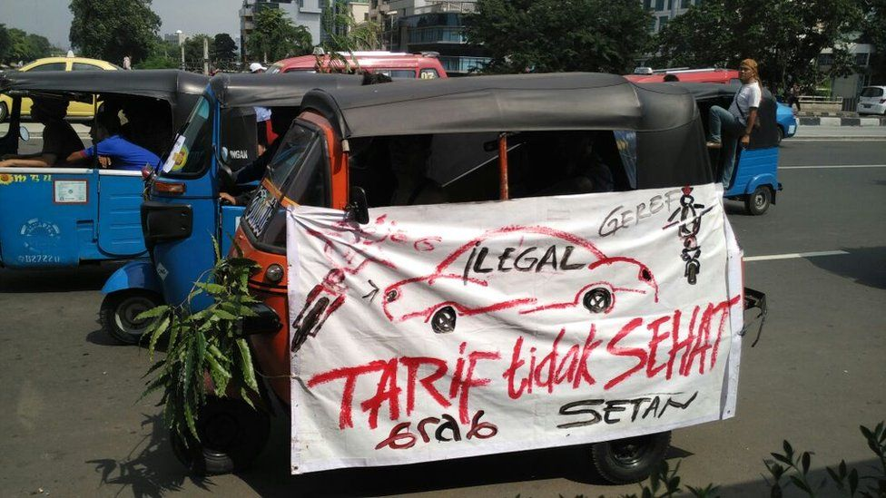 Taxi drivers protesting in Jakarta
