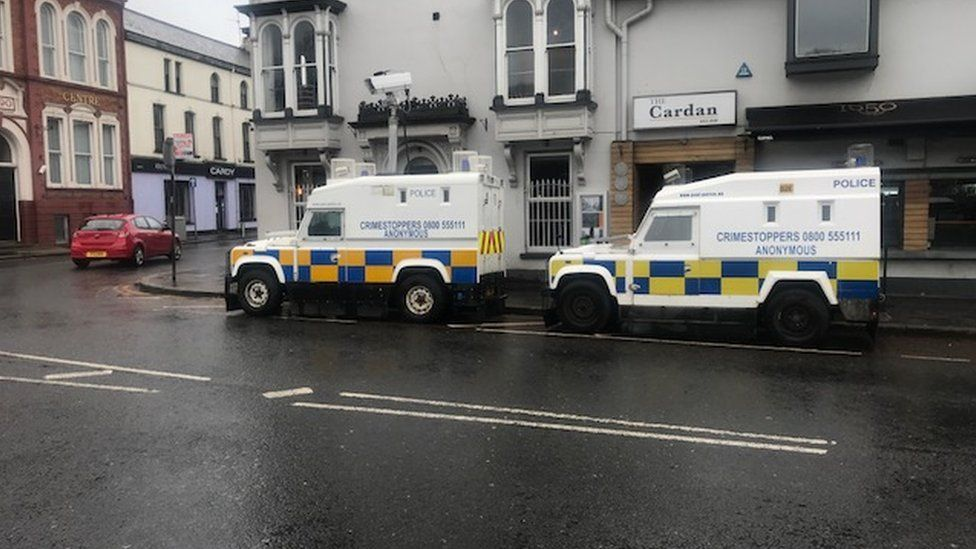 police vans outsude court