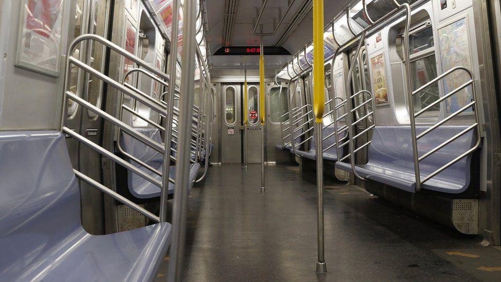 Rush hour on the New York City subway