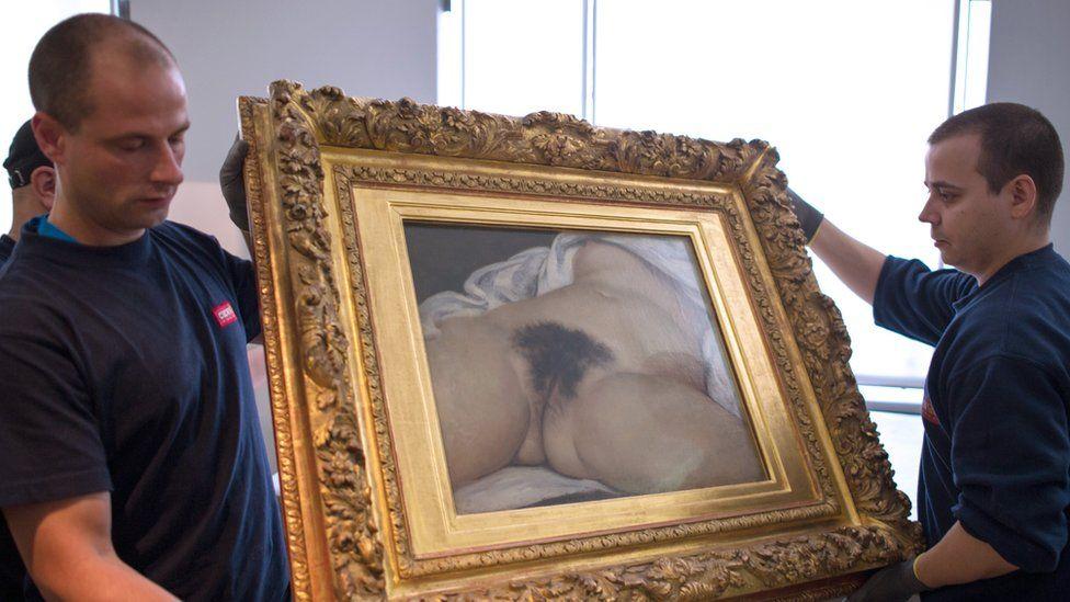 File pic showing Courbet's Origine du Monde