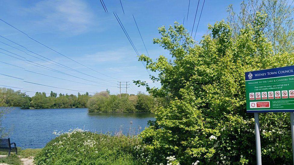 Ducklington Lake, Witney,