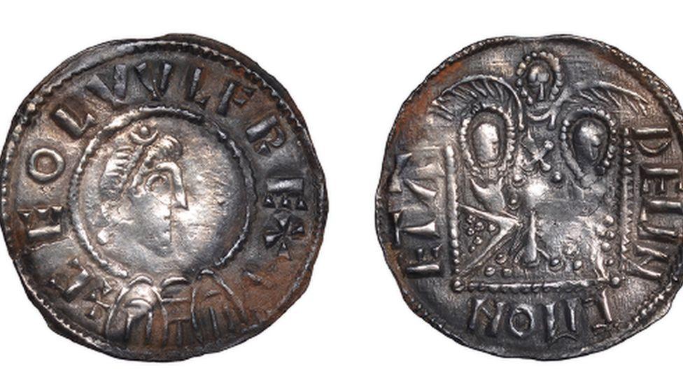 Double emperor coin