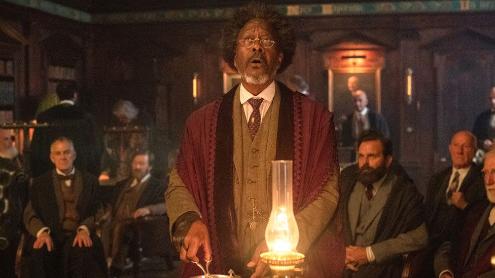 Clarke Peters and friends in His Dark Materials