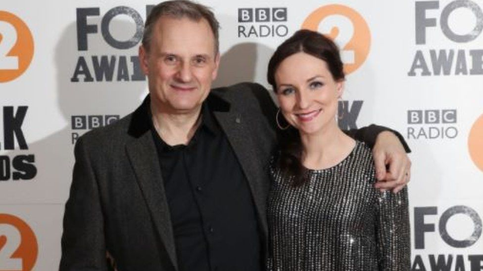Mark Radcliffe and singer Julie Fowlis presented the show