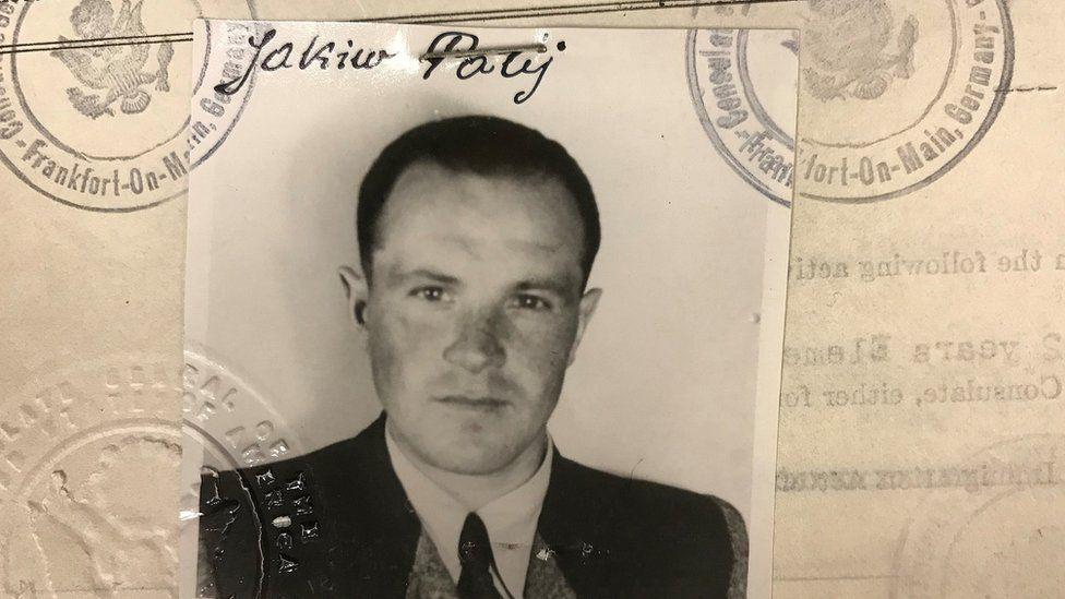 Jakiw Palij's 1949 US visa photo
