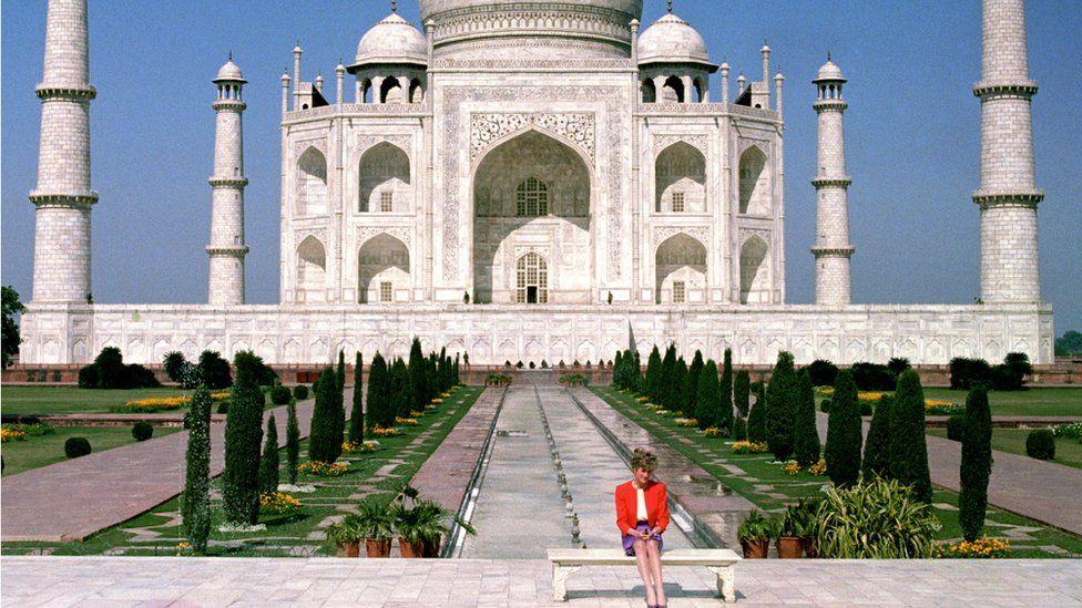 Princess Diana outside the Taj Mahal in February 1992