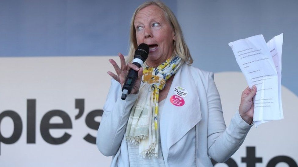 Deborah Meaden addresses Anti-Brexit campaigners