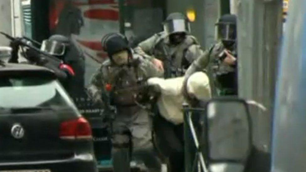 Salah Abdeslam captured by police