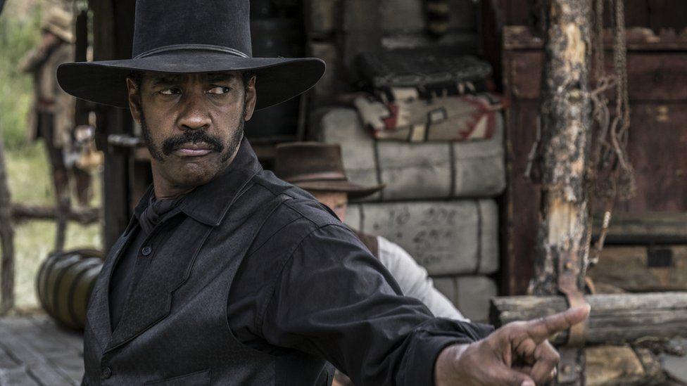 Denzel Washington as gunslinger Sam Chisolm in The Magnificent Seven