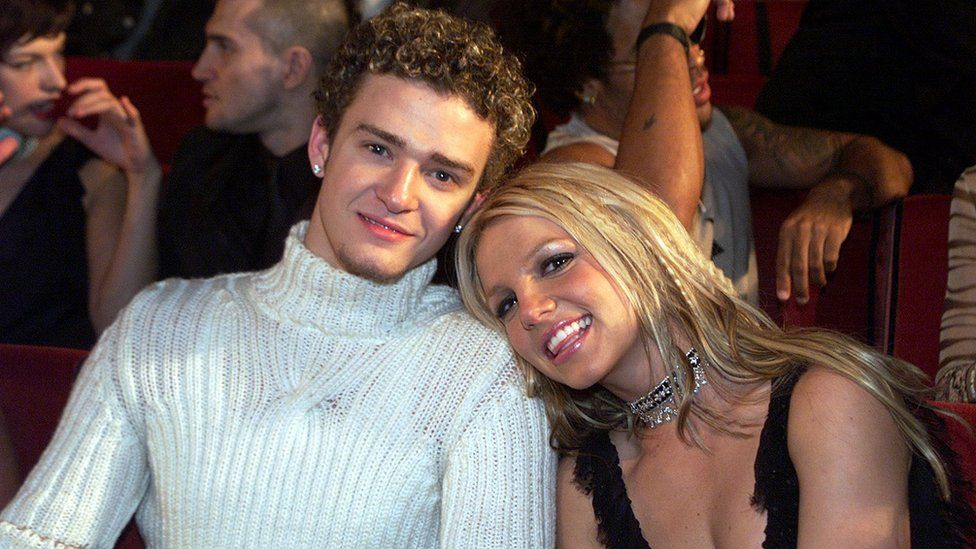 Justin Timberlake and Britney Spears at the MTV Video Music Awards in 2000