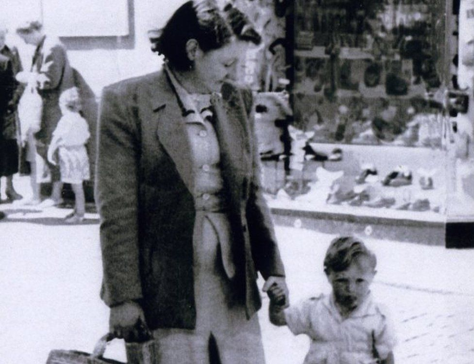 Elizabeth with her son Andrew