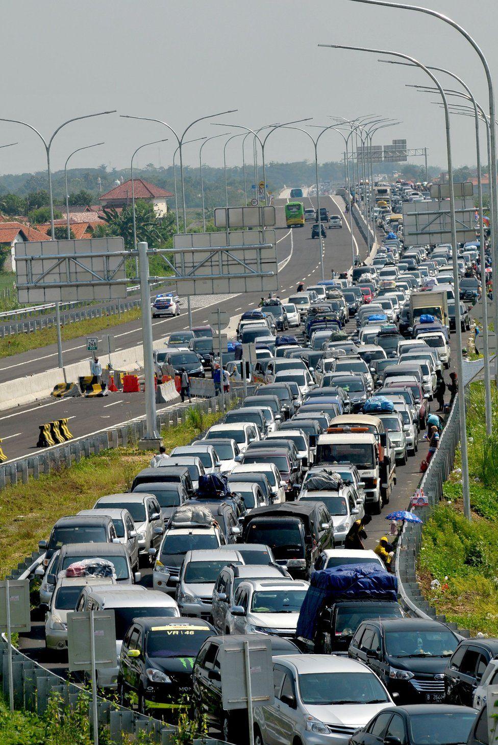 long snaking traffic jam