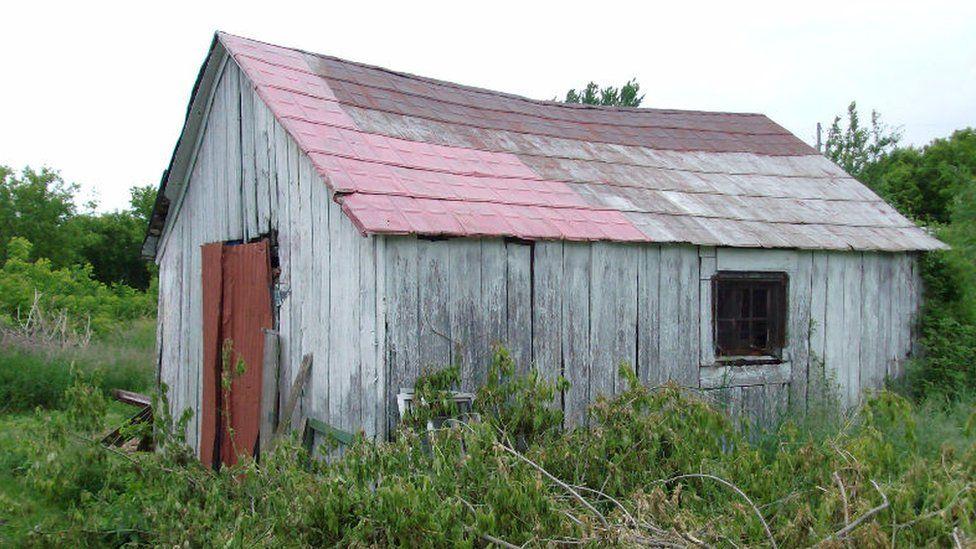 A building on Gerd Skof's farm