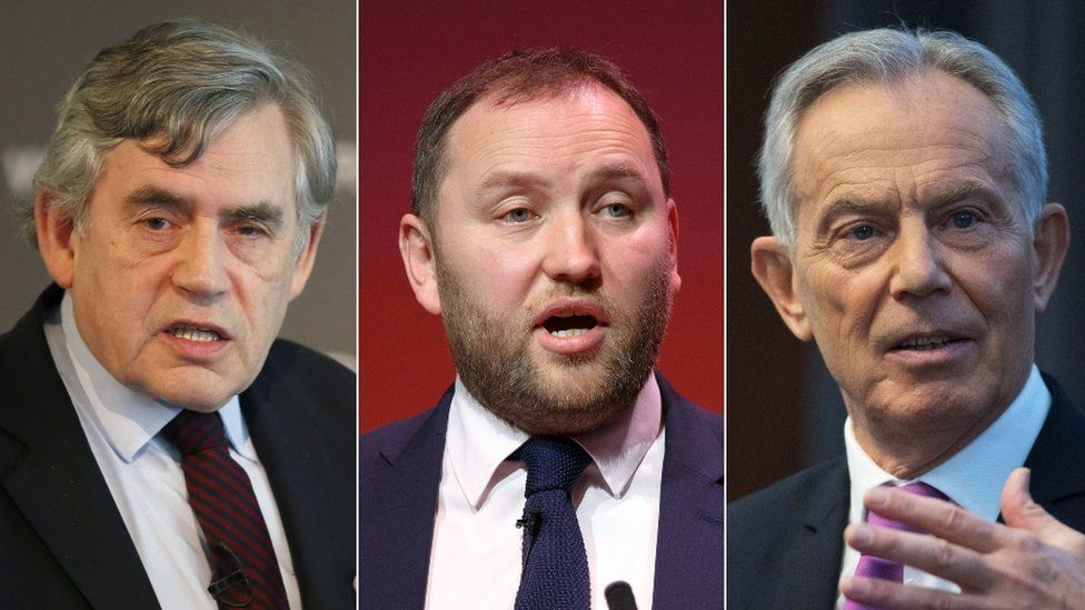 Gordon Brown (left) and Tony Blair (right) back Ian Murray (centre)