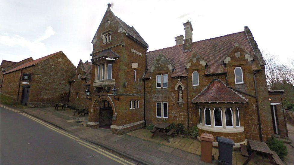 Bell Inn, Finedon