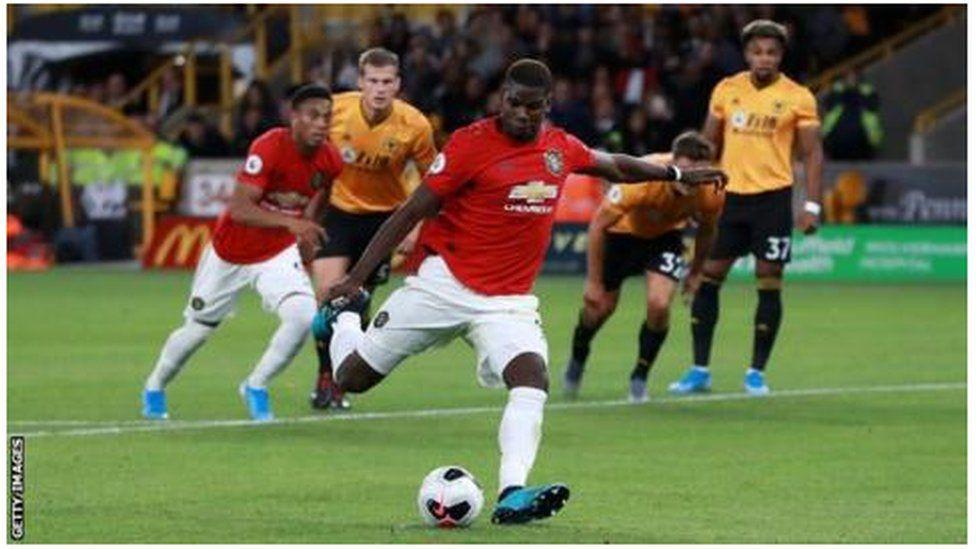 بول بوغبا: ركلة جزاء في الدوري الإنجليزي تثير نقاشا حول العنصرية