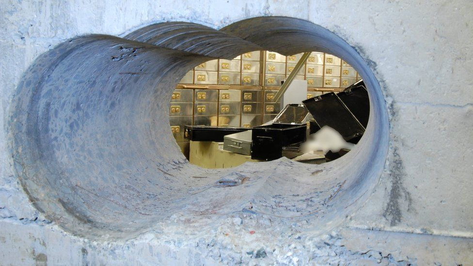 Image of the hole in the vault wall left during the Hatton garden raid