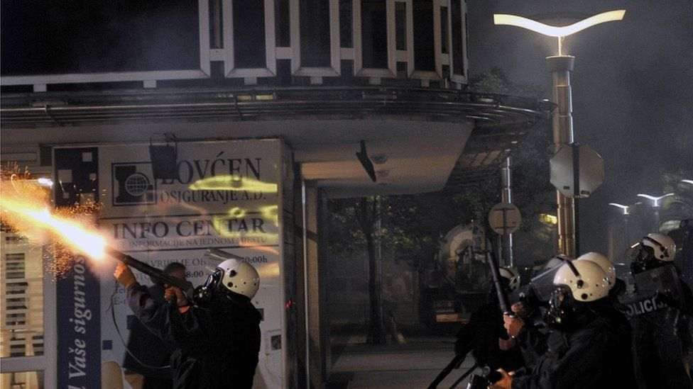 Police fire tear gas at anti-government protesters, Podgorica, 24 October 2015