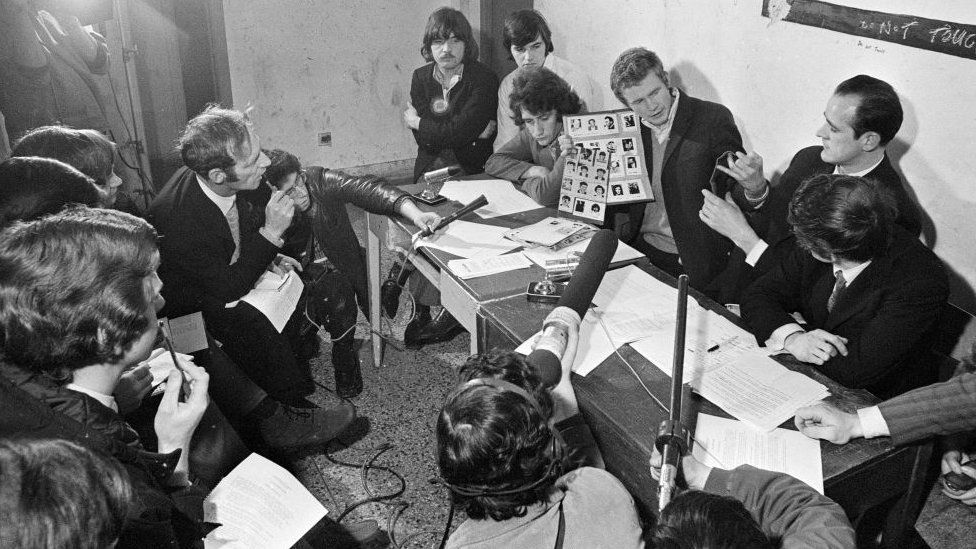 Provisional IRA press conference in Derry, April 1972