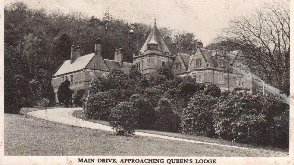 Postcard showing John Braddock house. Message on rear written in 1960s says 'feeling fine now'