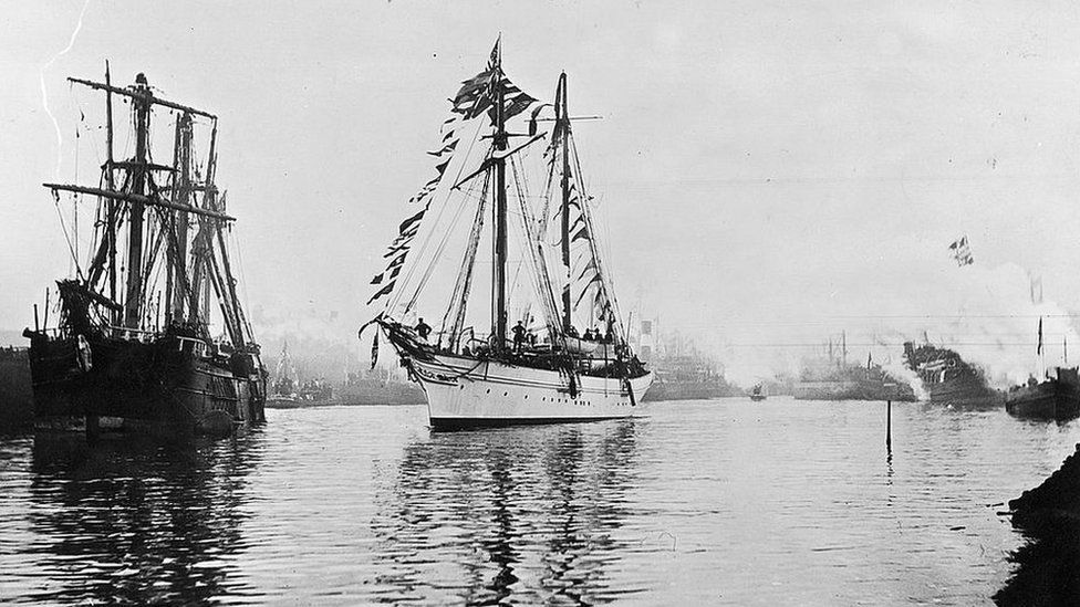 The ceremonial opening of the Manchester Ship Canal, 1 January 1894. The steam yacht Norseman leads the procession from Latchford to Salford, with the company directors on board