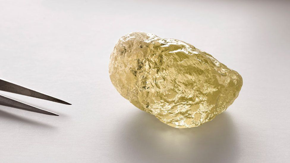 The 552 carat yellow diamond