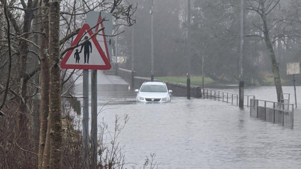 Lochwinnoch flooding