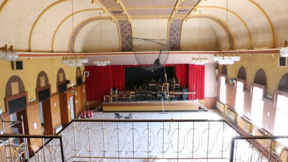 Ballroom before refurbishment