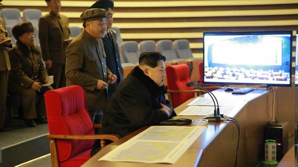 Kim Jong-un watches the launch on 7 February 2016