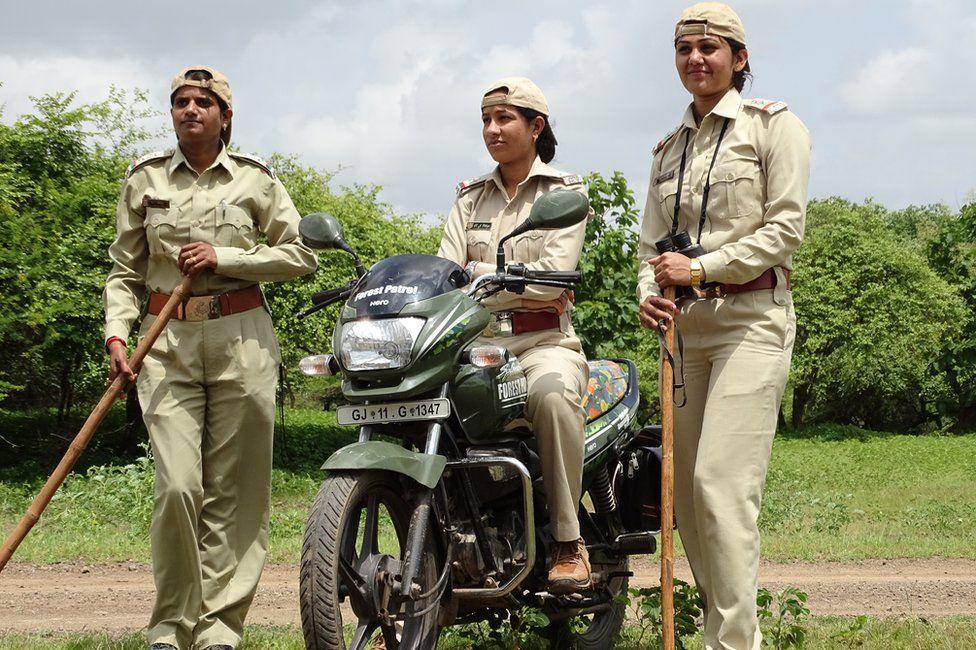 Rasila Vadher (left) and Darshana Kagada (right)