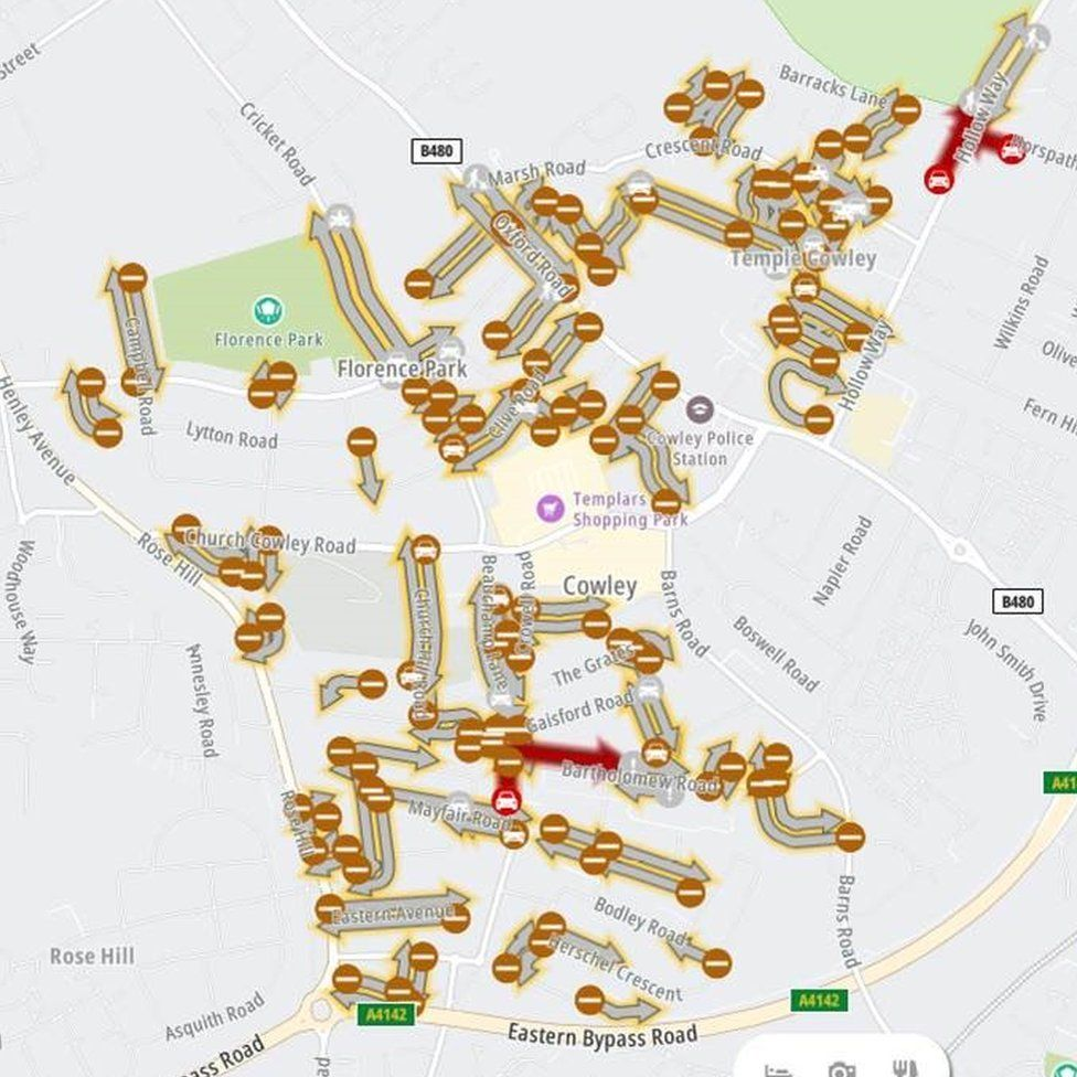 Roads shown as closed on TomTom