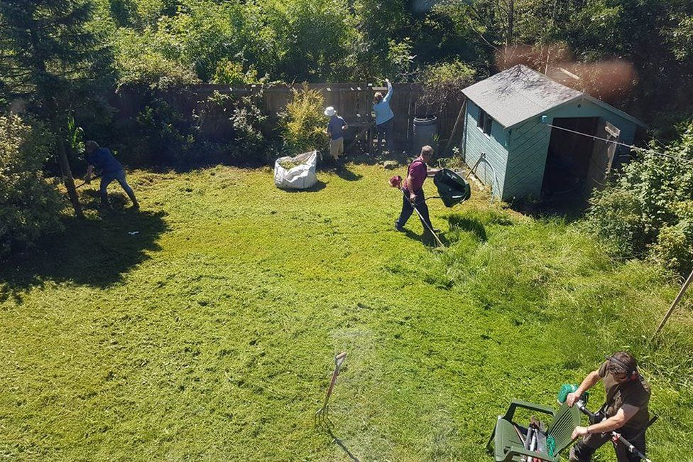 Croeso group clearing garden