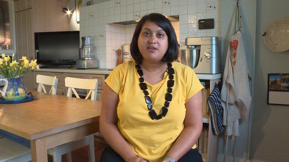 Faiza Hansraj-Jackson runs the Glasgow group of Free Cakes for Kids.