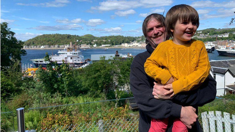 Alasdair Gordon with his son Euan