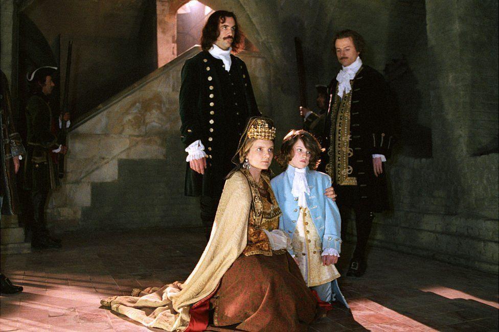 Ruth Cooper-Brown as Henrietta Maria ,Antonio Josephides as Charles II aged 6,and Alex Gavin as Charles I.