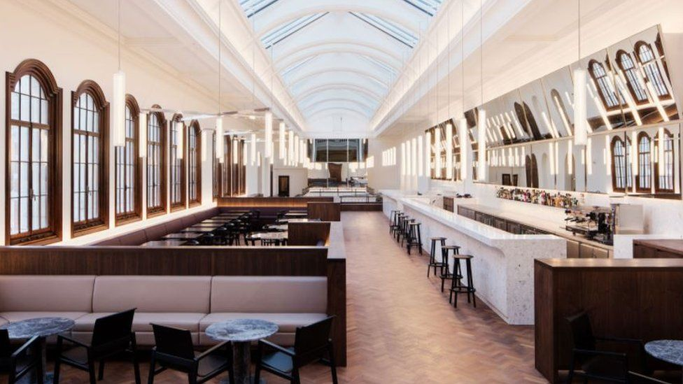 Carmody Groarke converted a top floor gallery as a new dedicated space for V&A members in London