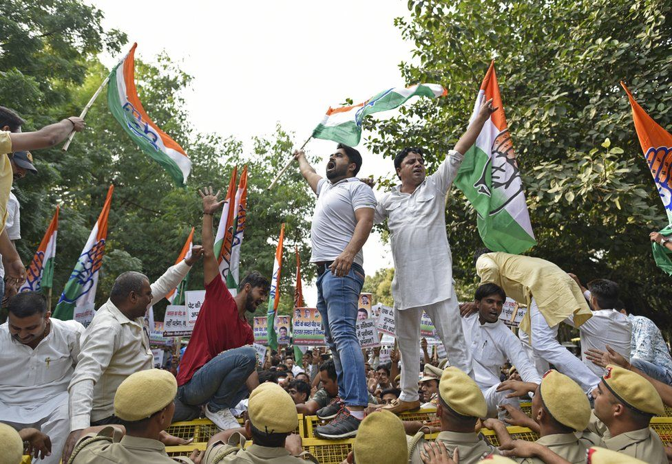 Protestors in Delhi raise slogans against the attack on migrants in Gujarat on 11 October 2018