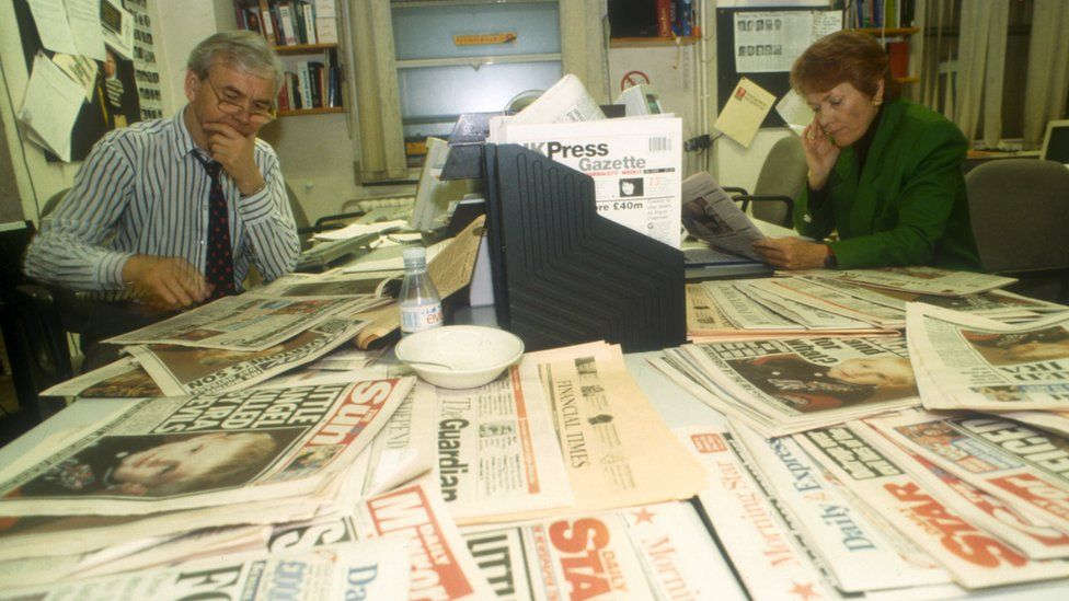 Humphrys with Sue MacGregor in the Today production office in 1993