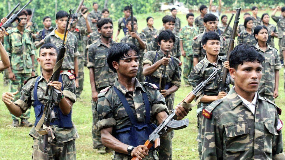 File photo: Nepalese Maoist rebels train at a camp in Makwanpur district some 120 Kms south of Kathmandu, 10 November 2006