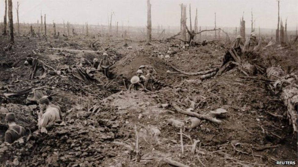 Cafodd tua 4,000 o aelodau'r 38th (Welsh) Division eu lladd neeu eu clwyfo ym mrwydr Coedwig Mametz yn 1916