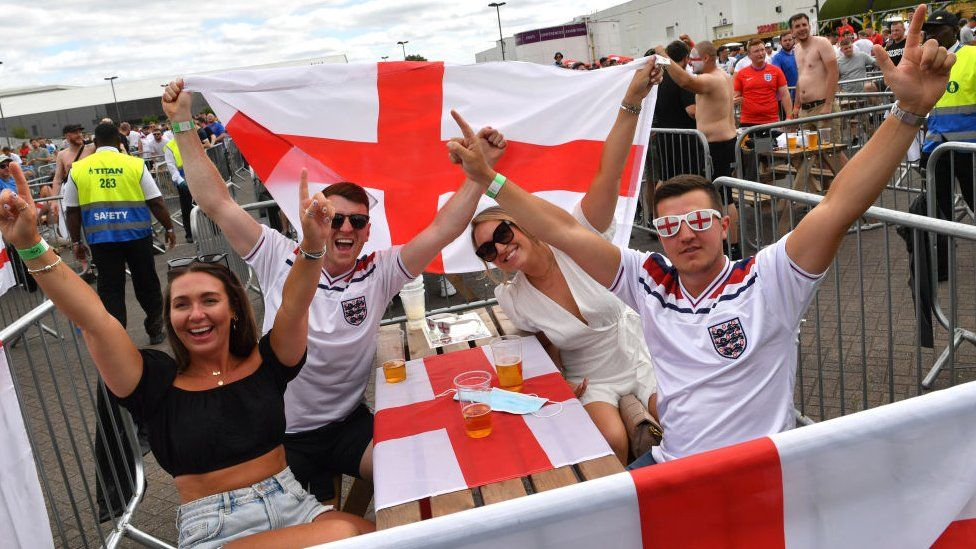 Fans in Manchester watch England play Croatia in Euro 2020