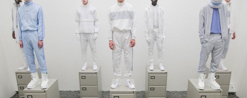 Новий офісний дрес-код  кросівки і спортивний костюм - BBC News Україна 0879aa89e6017