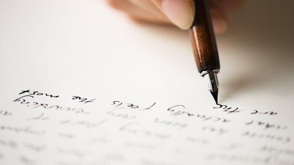 Cómo surgió la letra cursiva (o itálica) y cuál es su uso correcto en la escritura