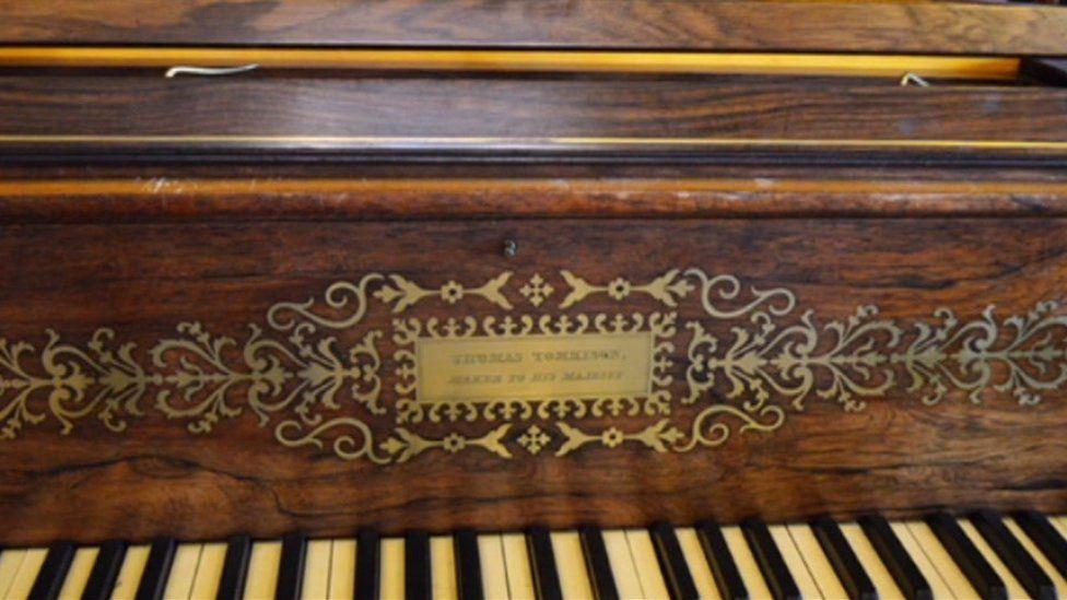 Thomas Tomkison piano