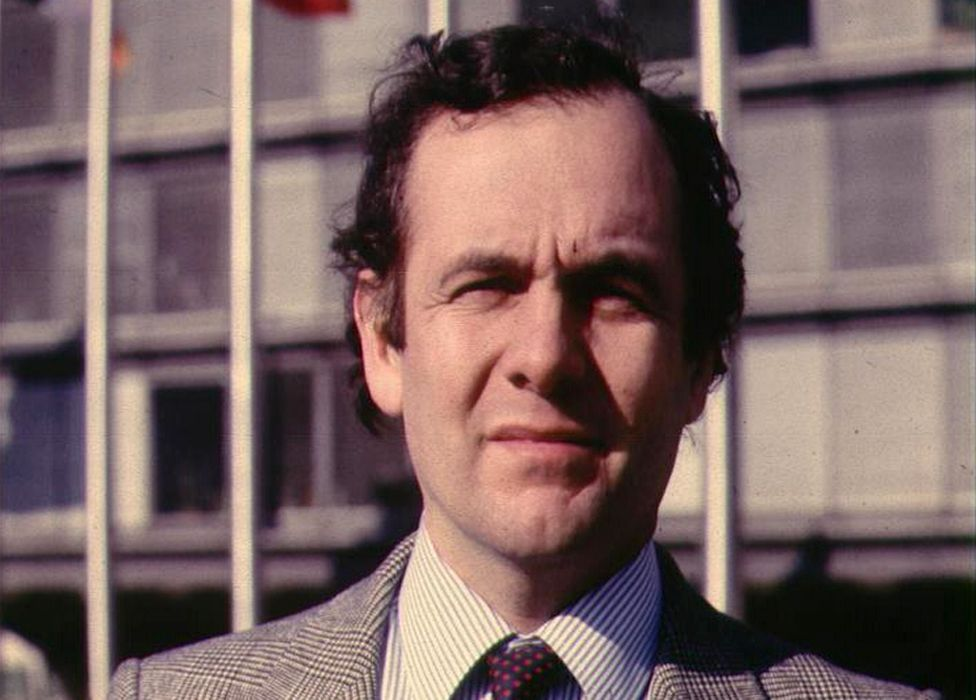 BBC correspondents, such as Paul Reynolds, remained subject to vetting even after 1985