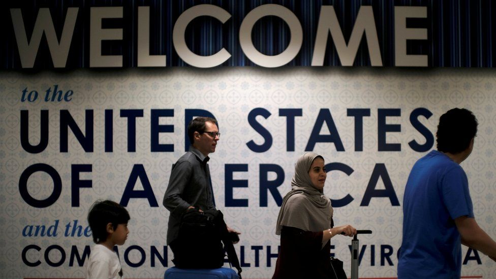 International passengers at Washington Dulles International Airport