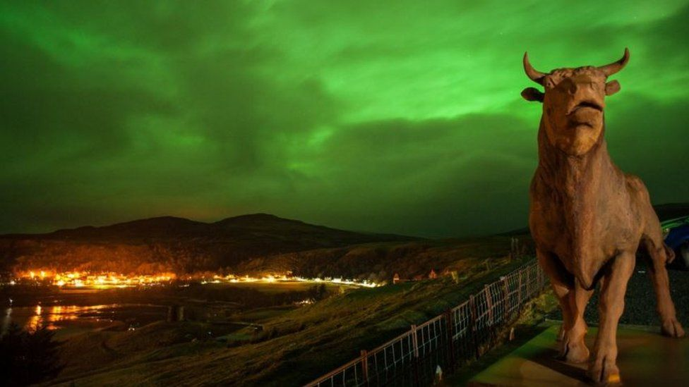 The sky over Uig in the Isle of Skye was illuminated bright green, as captured by The Cowshed bunkhouse