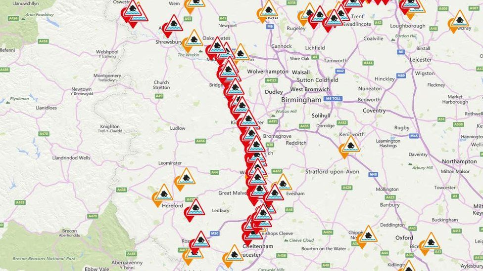 Map of flood warnings lining the River Severn
