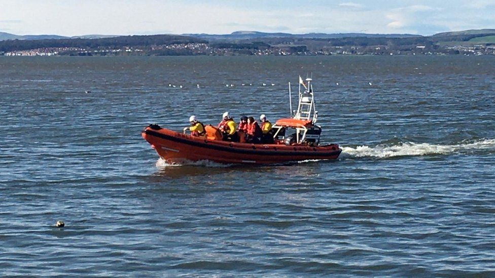 Cramond Island rescue