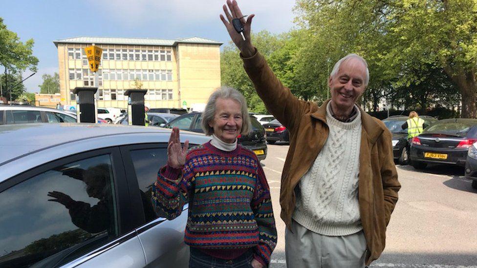 Emmanuel Elliott and Hilda Farmer with their recovered car